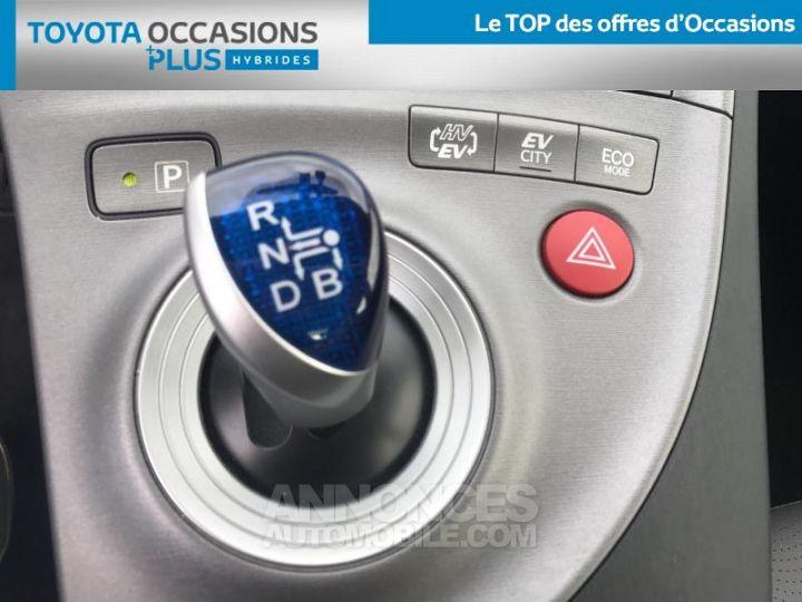 Toyota PRIUS 136h Lounge BLANC NACRE Occasion - 9