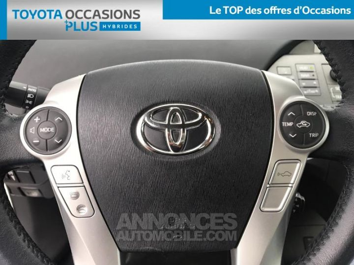 Toyota PRIUS 136h Lounge BLANC NACRE Occasion - 10