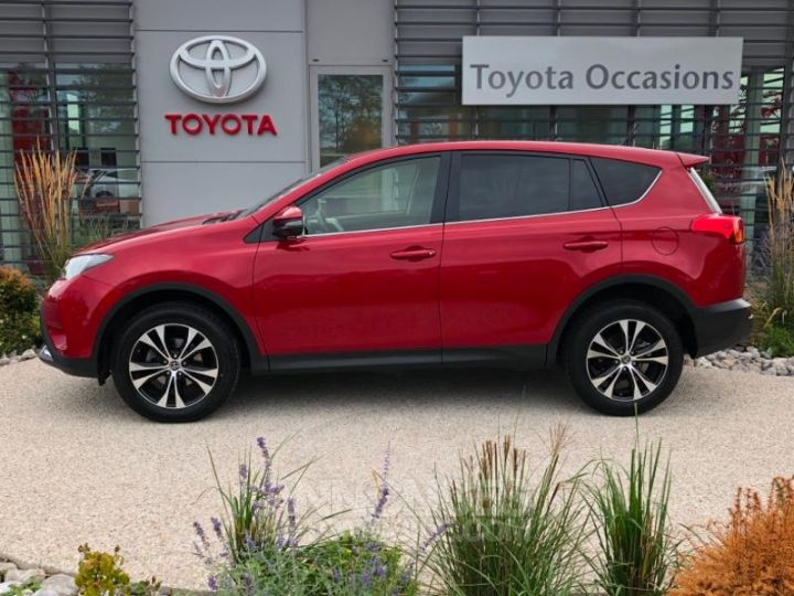 Toyota RAV4 124 D-4D Life 2WD ROUGE Occasion - 3