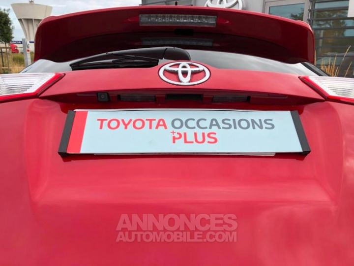 Toyota RAV4 124 D-4D Life 2WD ROUGE Occasion - 10