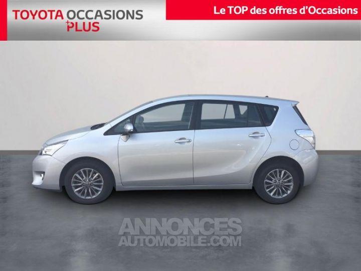 Toyota VERSO 112 D-4D FAP Dynamic Gris Clair Métallisé Occasion - 3