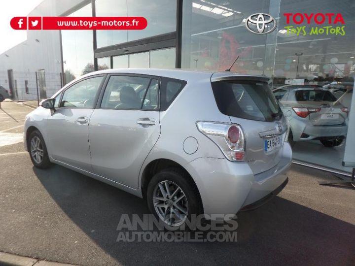Toyota VERSO 112 D-4D FAP Feel 5 places GRIS ALU Occasion - 4