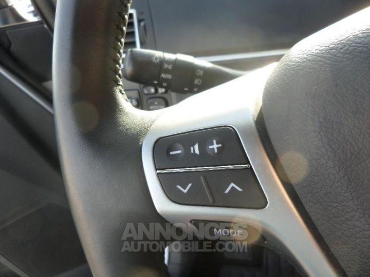 Toyota VERSO 112 D-4D FAP Feel 5 places GRIS ALU Occasion - 12