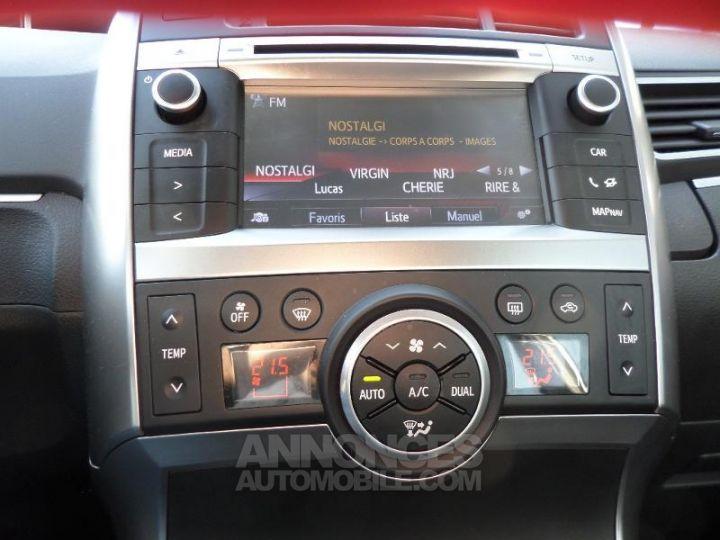 Toyota VERSO 112 D-4D FAP Feel 5 places GRIS ALU Occasion - 14