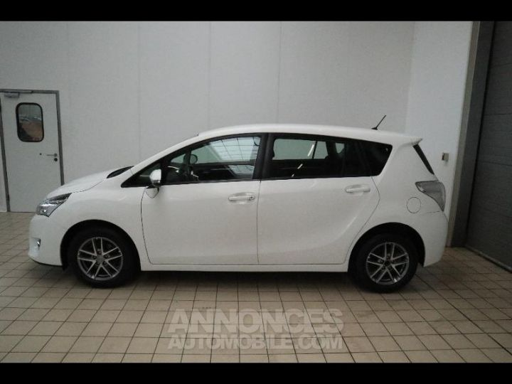 Toyota VERSO 112 D-4D FAP Feel 5 places Blanc Occasion - 7