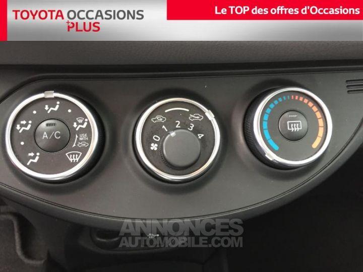 Toyota YARIS 100 VVT-i Dynamic 5p Noir Occasion - 11