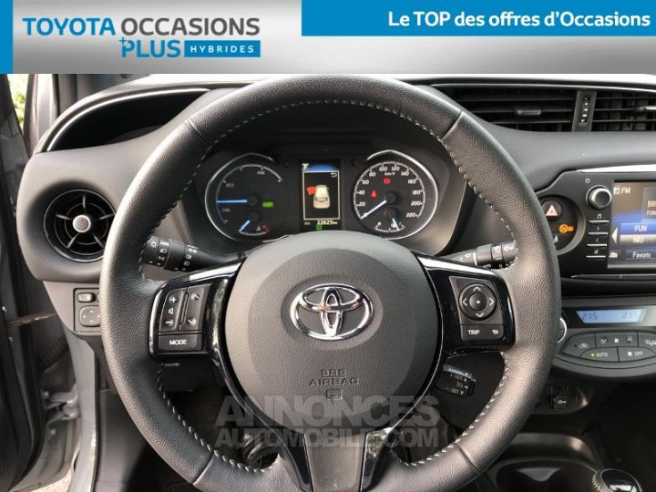 Toyota YARIS 100h Collection 5p BI TON GRIS MANHATTAN   NOIR Occasion - 6