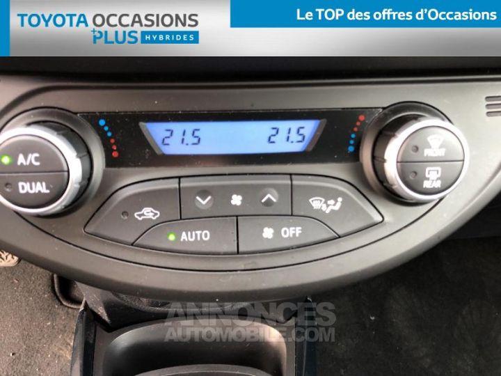 Toyota YARIS 100h Collection 5p BI TON GRIS MANHATTAN   NOIR Occasion - 11