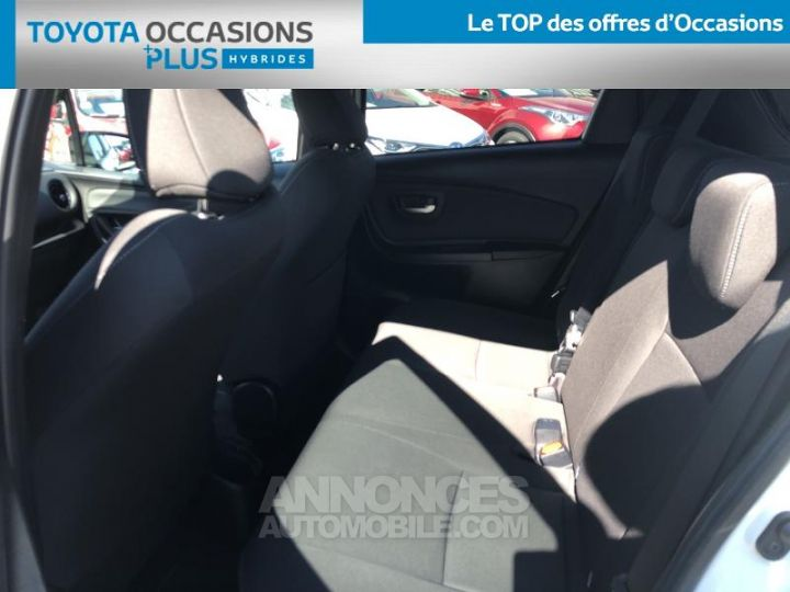 Toyota YARIS 100h Collection 5p BLANC Occasion - 14