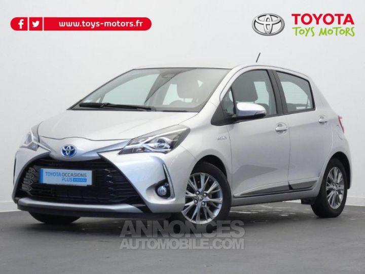 Toyota YARIS 100h Dynamic 5p GRIS ALUMINIUM Occasion - 1