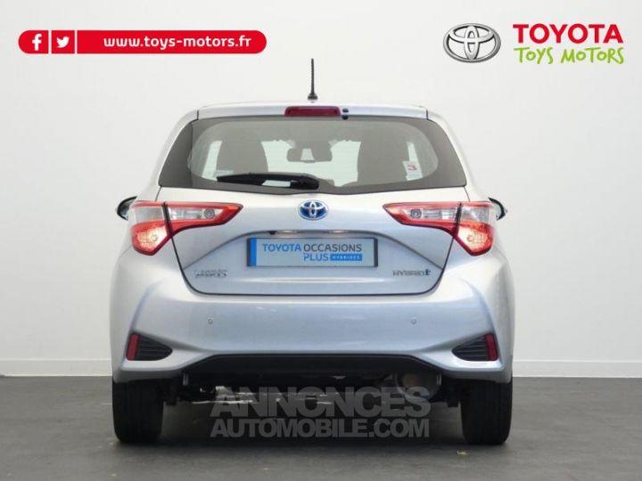 Toyota YARIS 100h Dynamic 5p GRIS ALUMINIUM Occasion - 13