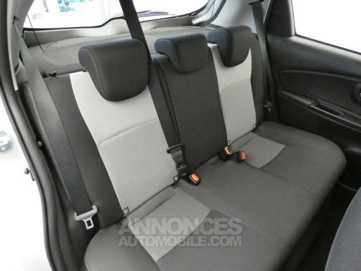 Toyota YARIS 100h Dynamic 5p GRIS ALUMINIUM Occasion - 15