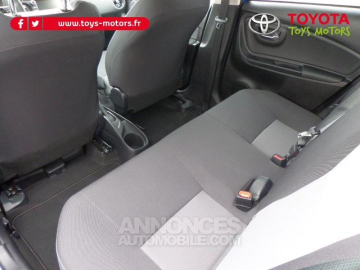 Toyota YARIS 110 VVT-i Design 5p RC18 BI TON BLEU NEBULA   NOIR Occasion - 10