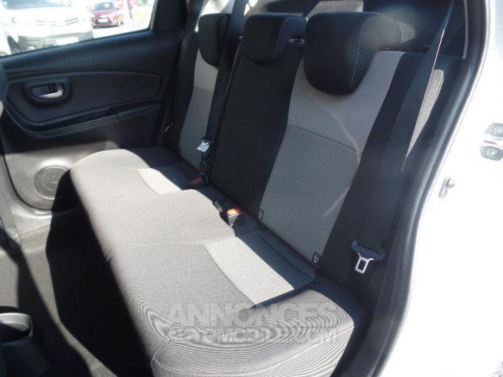 Toyota YARIS 110 VVT-i Dynamic 5p Blanc Occasion - 12
