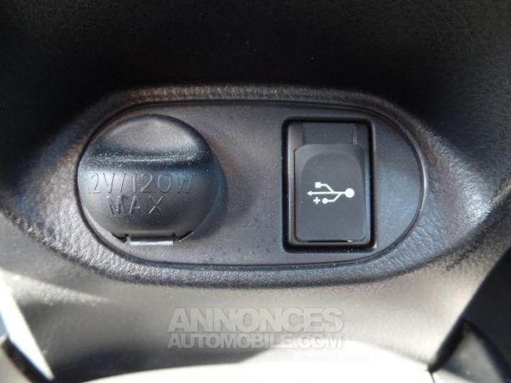 Toyota YARIS 110 VVT-i Dynamic 5p Blanc Occasion - 17