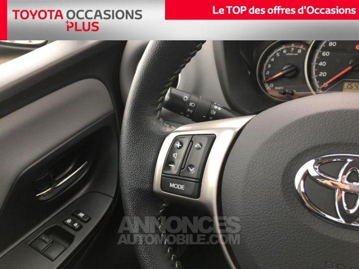 Toyota YARIS 69 VVT-i France 3p BLANC PUR Occasion - 10