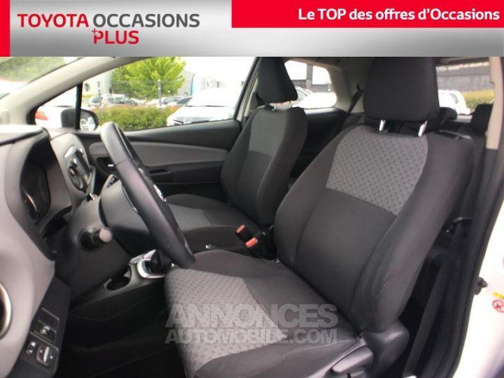 Toyota YARIS 69 VVT-i France 3p BLANC PUR Occasion - 13