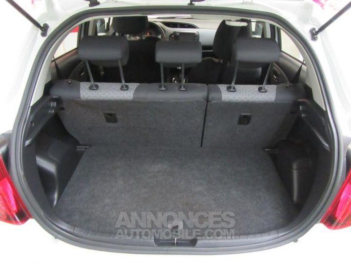 Toyota YARIS 69 VVT-i France 5p BLANC Occasion - 17