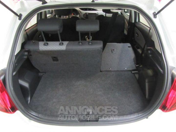 Toyota YARIS 69 VVT-i France 5p BLANC Occasion - 18