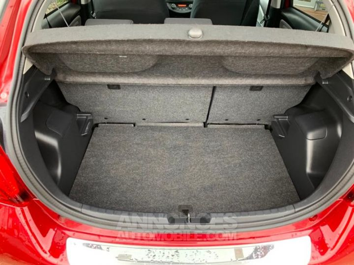 Toyota YARIS 69 VVT-i TechnoLine 5p ROUGE Occasion - 4