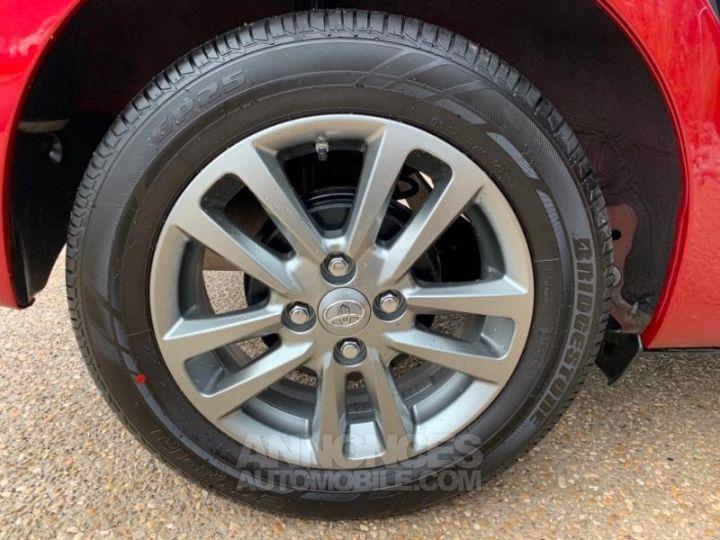 Toyota YARIS 69 VVT-i TechnoLine 5p ROUGE Occasion - 5