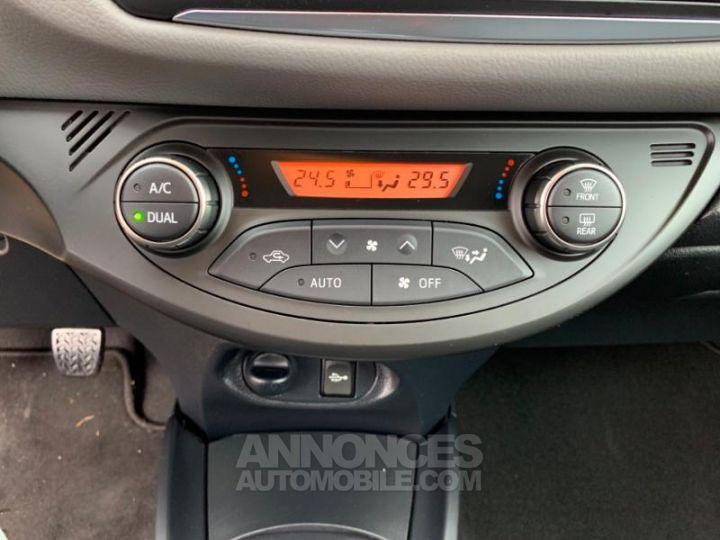 Toyota YARIS 69 VVT-i TechnoLine 5p ROUGE Occasion - 14