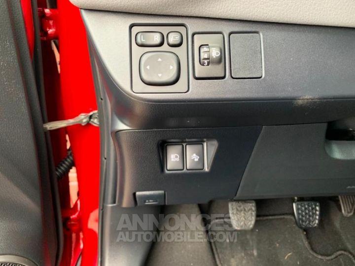 Toyota YARIS 69 VVT-i TechnoLine 5p ROUGE Occasion - 19