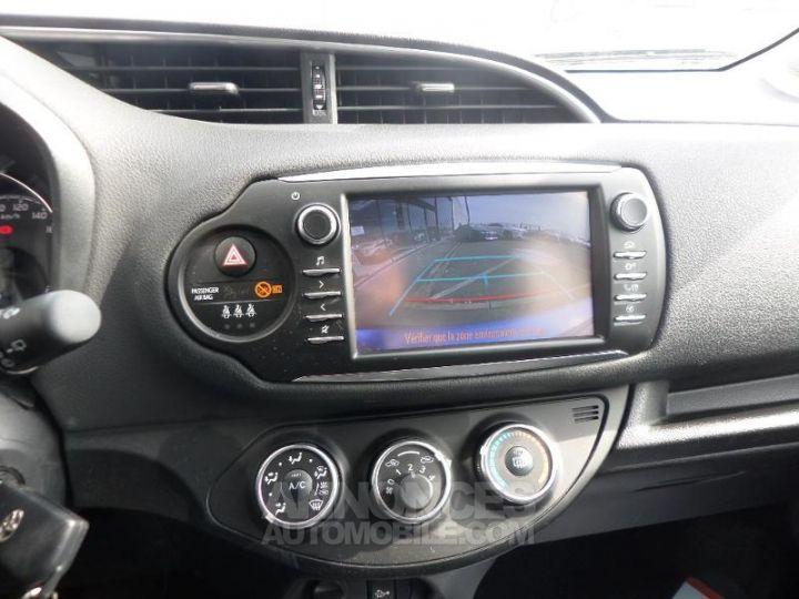 Toyota YARIS 70 VVT-i Design 5p RC18 BI TON BLEU Occasion - 15