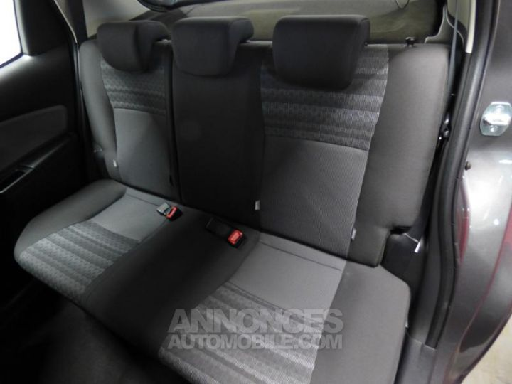Toyota YARIS 90 D-4D Business 5p GRIS ATLAS Occasion - 5