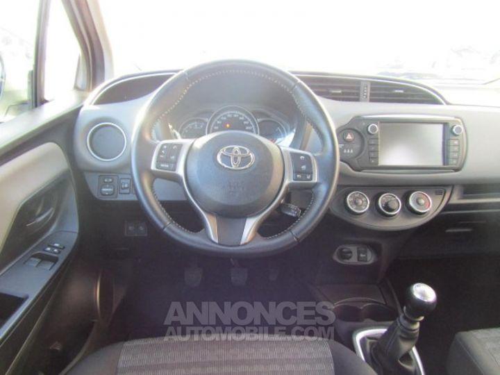 Toyota YARIS 90 D-4D Business 5p BLANC Occasion - 3