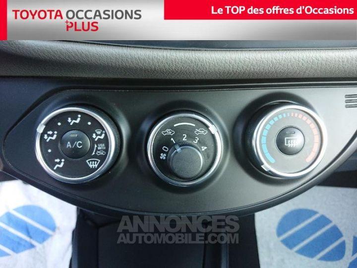 Toyota YARIS 90 D-4D France 5p GRIS ALUMINUM Occasion - 11
