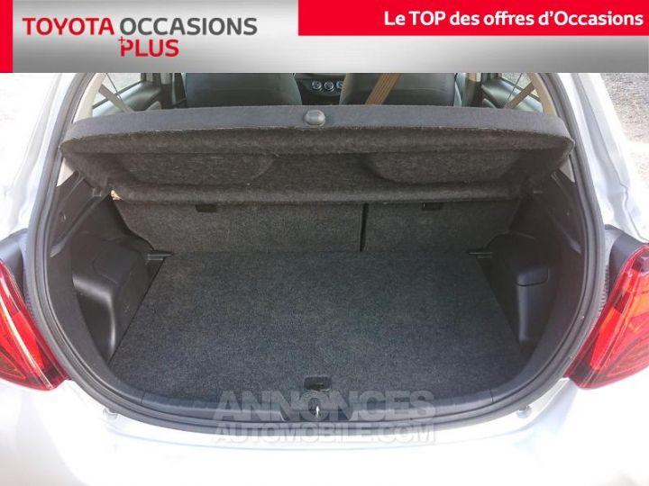Toyota YARIS 90 D-4D France 5p GRIS ALUMINUM Occasion - 15
