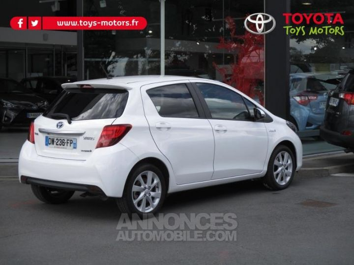 Toyota YARIS HSD 100h Attitude 5p BLANC Occasion - 4