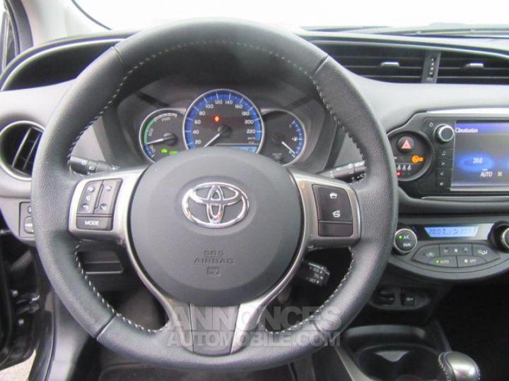 Toyota YARIS HSD 100h Attitude 5p NOIR Occasion - 13