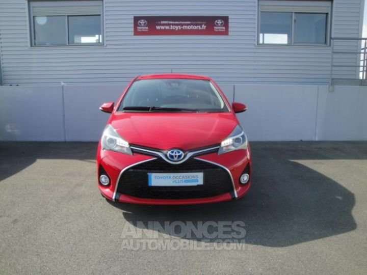 Toyota YARIS HSD 100h Design 5p ROUGE Occasion - 2