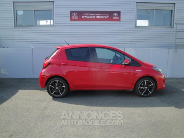 Toyota YARIS HSD 100h Design 5p ROUGE Occasion - 3