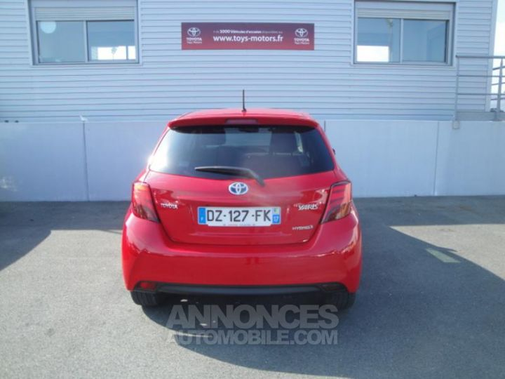 Toyota YARIS HSD 100h Design 5p ROUGE Occasion - 5