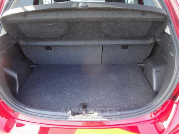 Toyota YARIS HSD 100h Design 5p ROUGE Occasion - 9