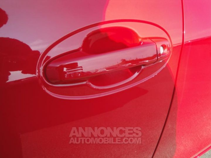 Toyota YARIS HSD 100h Design 5p ROUGE Occasion - 20