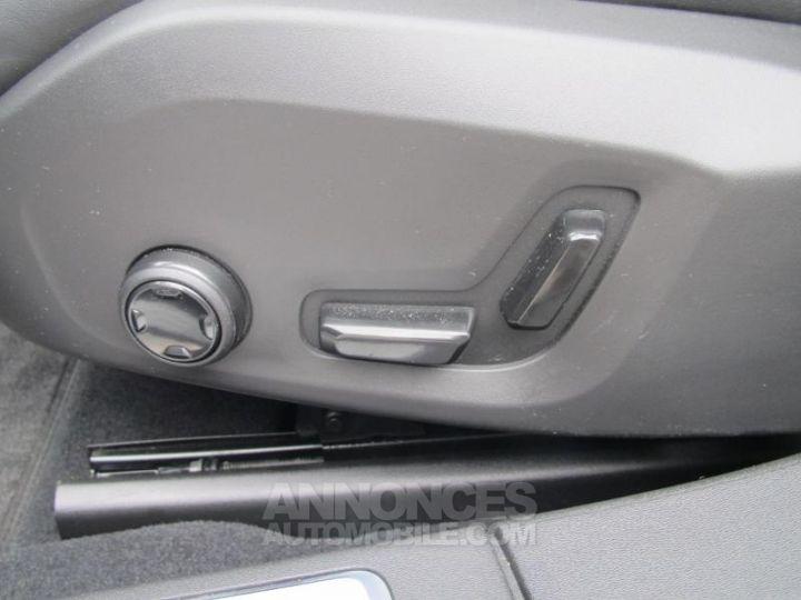 Volvo S90 D4 190ch Inscription Geartronic Gris Osmium Occasion - 17