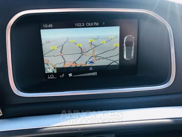 Volvo V40 D3 150ch Xenium Geartronic GRIS TITANE Occasion - 9