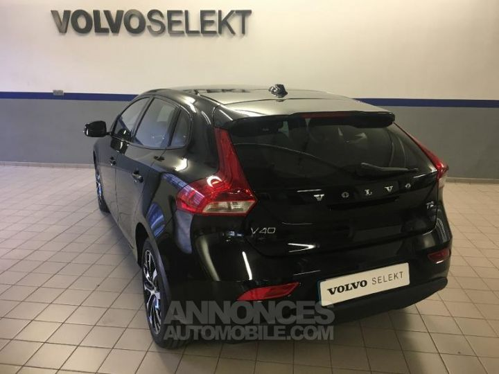 Volvo V40 T2 122ch Edition Geartronic Noir Métal Occasion - 16