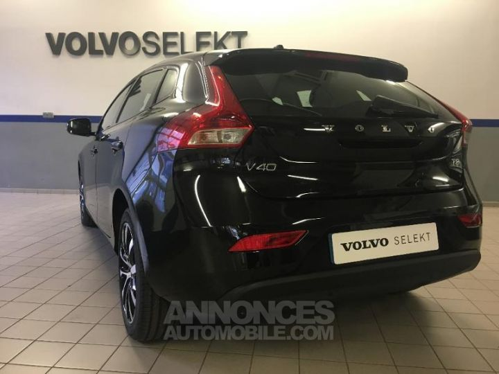 Volvo V40 T2 122ch Edition Geartronic Noir Métal Occasion - 17