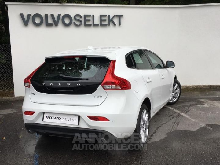 Volvo V40 T3 152ch Inscription Geartronic Blanc Glace 614 Occasion - 2