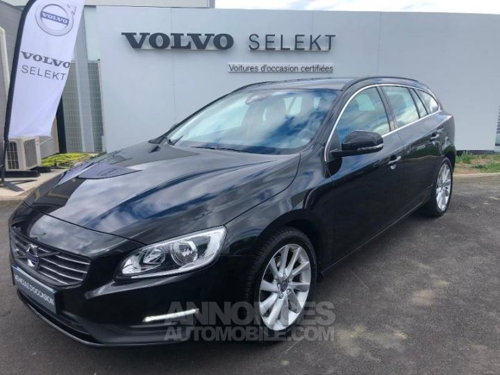 Volvo V60 D3 150ch Momentum Business Geartronic NOIR Occasion - 1