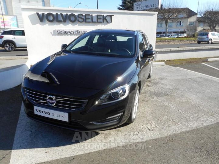 Volvo V60 T4 190ch Summum Geartronic NOIR Occasion - 1