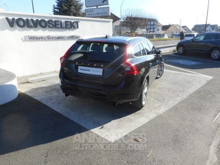 Volvo V60 T4 190ch Summum Geartronic NOIR Occasion - 3