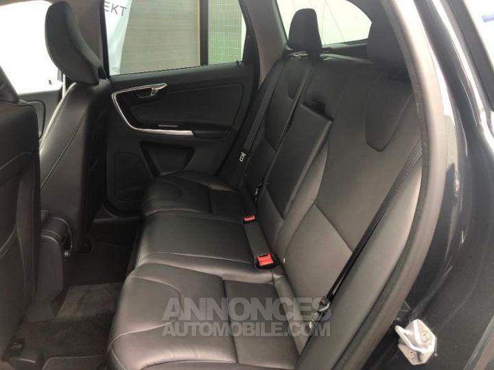 Volvo XC60 D4 190ch Summum Geartronic GRIS Occasion - 3