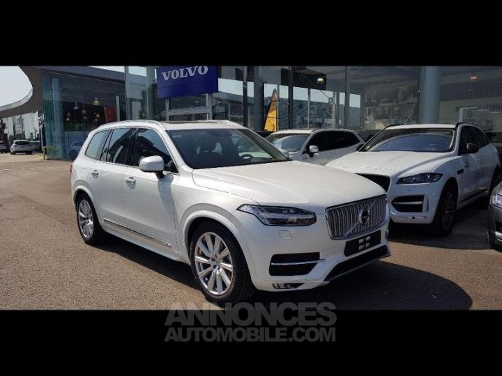 Volvo XC90 D5 AWD AdBlue 235ch Inscription Luxe Geartronic 7 places blanc cristal Neuf - 1