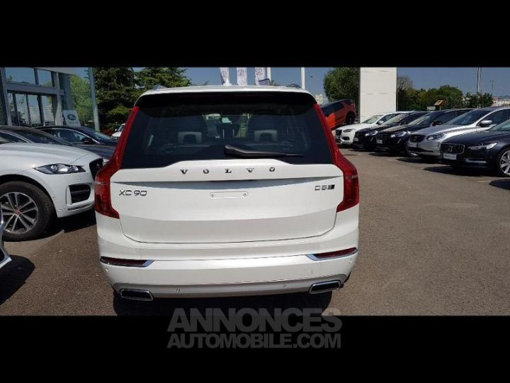 Volvo XC90 D5 AWD AdBlue 235ch Inscription Luxe Geartronic 7 places blanc cristal Neuf - 11